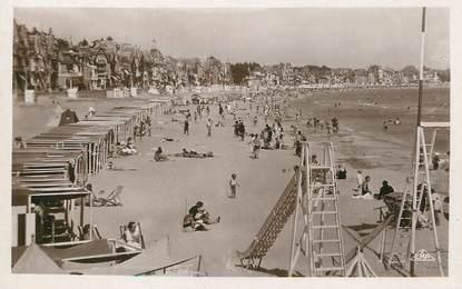 """/ CPSM FRANCE 44 """"La Baule, vue générale de la plage"""""""