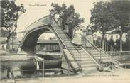 """54 Meurthe Et Moselle / CPA FRANCE 54 """"Toul, la passerelle sur le canal à Saint Mansuy"""""""