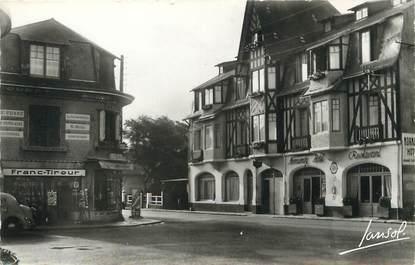"/ CPSM FRANCE 44 ""Pornichet, av de Mazy et Normandy Hôtel"""