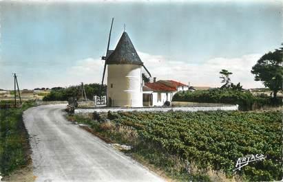 """/ CPSM FRANCE 17 """"Ile d'Oléron, le moulin de la Brée"""""""