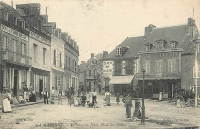 "/ CPA FRANCE 53 ""Villaines la Jubel, place des Halles"""