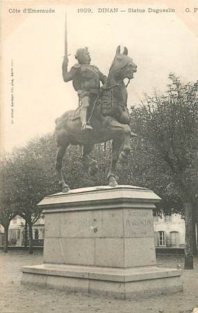 "CPA FRANCE 22 ""Dinan, statue Dugueslin"""