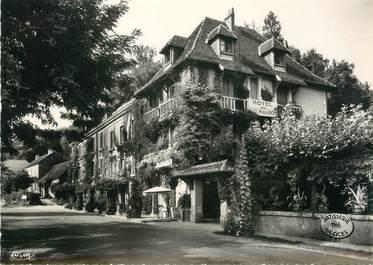 "CPSM FRANCE 24 ""Les Eyzies en Périgord, hôtel de Cro Magnon"""