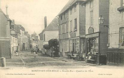 "CPA FRANCE 27 ""Montfort sur Risle, Quartier de l'Ecu"""