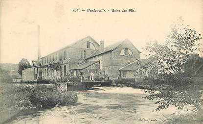"""CPA FRANCE 27 """"Hondouville, Usine des Plis"""""""