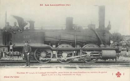 """CPA TRAIN / LOCOMOTIVE """"machine à 3 essieux accouplés"""""""