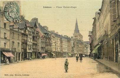 """CPA FRANCE 14 """"Lisieux, Place Victor Hugo"""" / CARTE TOILÉE"""