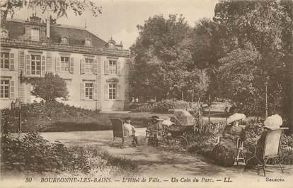 """/ CPA FRANCE 52 """"Bourbonne Les Bains, l'hôtel de ville, un coin du parc"""""""