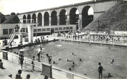 "/ CPSM FRANCE 53 ""Laval, la piscine municipale"""