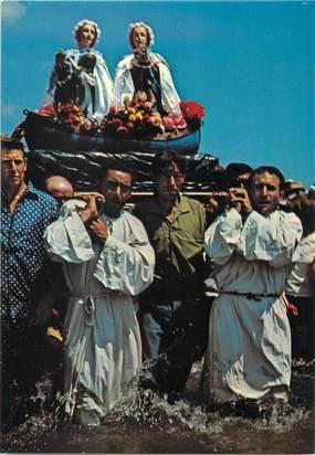 """/ CPSM FRANCE 13 """"Les Saintes Maries de la Mer, procession des Saintes Salome et Jacobe"""" / GITAN"""