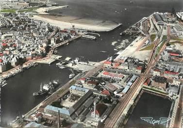 """/ CPSM FRANCE 50 """"Cherbourg, l'avant port et la plage"""""""