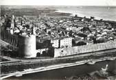 """30 Gard / CPSM FRANCE 30 """"Aigues Mortes, vue générale de la tour de Constance"""""""