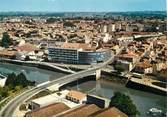 """33 Gironde / CPSM FRANCE 33 """"Libourne, vue aérienne, le pont de l'Isle"""""""