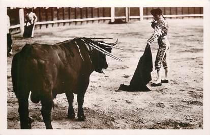 """CPSM CORRIDA """"Course de taureaux, se profilant pour la mort"""""""