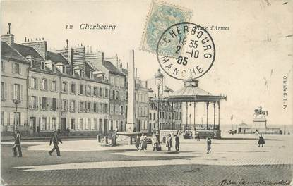 """/ CPA FRANCE 50 """"Cherbourg,  place d'Armes"""""""