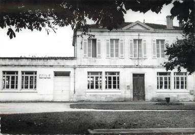 "/ CPSM FRANCE 33 ""Martignas, les écoles"""