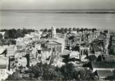 """33 Gironde / CPSM FRANCE 33 """"Pauillac, le centre de la ville"""""""