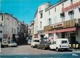 """33 Gironde / CPSM FRANCE 33 """"La Réole, la rue"""""""
