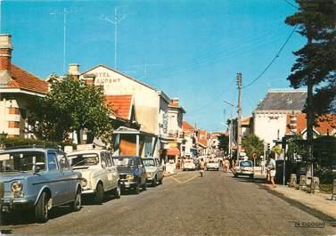 """/ CPSM FRANCE 33 """"Soulac sur Mer, la rue de la plage"""""""