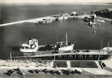 """/ CPSM FRANCE 33 """"Le Verdon sur Mer, appontement du bac"""""""