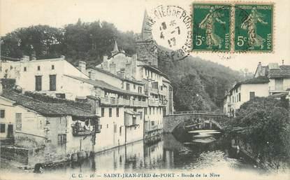 "/ CPA FRANCE 64 ""Saint Jean Pied de Port, bords de la Nive"""