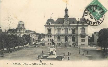 """/ CPA FRANCE 65 """"Tarbes, place de l'hôtel de ville"""""""