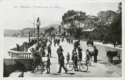"CPSM FRANCE 06 ""Menton, la promenade du midi"""
