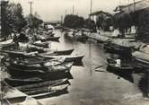 """34 Herault / CPSM FRANCE 34 """"Palavas les Flots, la canal et perspective sur Maguelonne"""""""