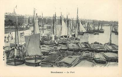 """/ CPA FRANCE 33 """" Bordeaux, le port"""""""
