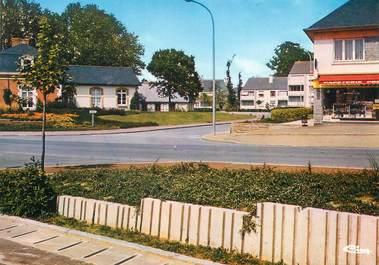 """/ CPSM FRANCE 35 """"Le Rheu, l'hôtel de ville et place du petit Verger"""""""