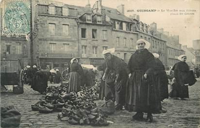 """CPA FRANCE 22 """"Guingamp, marché aux sabots"""""""