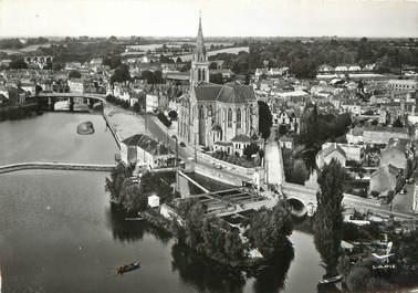 """/ CPSM FRANCE 72 """"Sablé sur Sarthe, l'église Notre Dame de la Sarthe"""""""