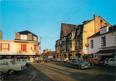 "/ CPSM FRANCE 72 ""Pornichet, place Foch et av De Gaulle"""