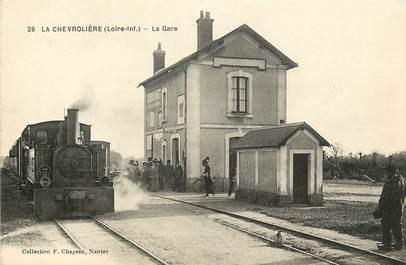 """CPA FRANCE 44 """"La Chevrolière, la gare"""" / TRAIN"""