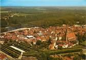 """77 Seine Et Marne / CPSM FRANCE 77 """"Bray sur Seine, vue aérienne de la vieille ville"""""""