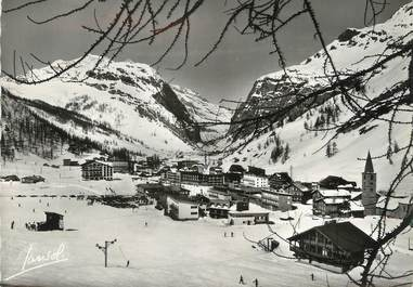 """/ CPSM FRANCE 73 """"Val d'Isère, vue générale, les grands hôtels et la vallée de l'Isère"""""""