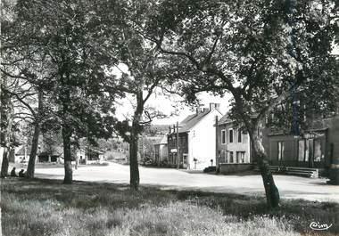 """/ CPSM FRANCE 71 """"Epinac les Mines, place de la Garenne"""""""