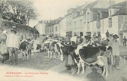 """CPA FRANCE 44 """"Guérande, la foire aux vaches"""""""