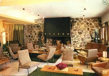 """/ CPSM FRANCE 38 """"Les Deux Alpes, hôtel La Farandole, un salon"""""""