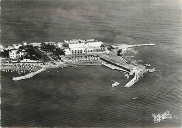 """/ CPSM FRANCE 06 """"Cannes, vue aérienne du Palm Beach"""""""
