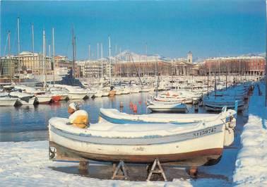 """/ CPSM FRANCE 06 """"Nice sous la neige, barques dans le port 1985"""""""