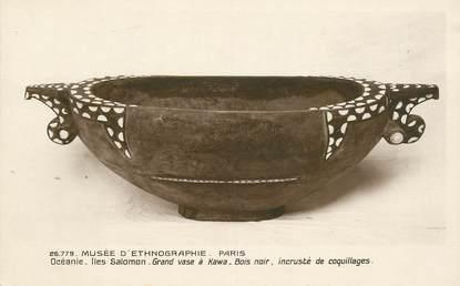 "CPA OCEANIE ""Iles Salomon, grand vase à Kawa"" / ARCHEOLOGIE"