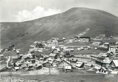 """/ CPSM FRANCE 38 """"L'Alpe d'Huez, vue partielle de la station """""""