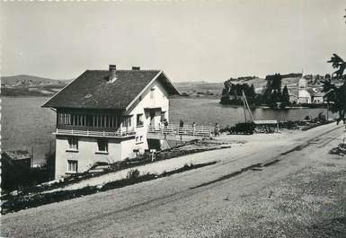 """/ CPSM FRANCE 39 """"Rivière Devant, l'hôtel de l'abbaye et le lac"""""""