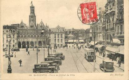 """/ CPA FRANCE 02 """"Saint Quentin, place de l'hôtel de ville"""" / TRAMWAY"""