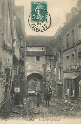 """/ CPA FRANCE 14 """"Falaise, la rue des cordeliers"""""""