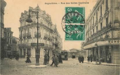 "/ CPA FRANCE 16 ""Angoulême, rue des Halles Centrales"""
