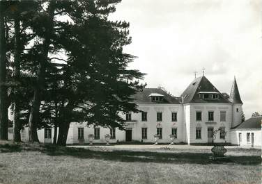 """/ CPSM FRANCE 41 """"Château d'Ambloy, centre de vacances Sud Aviation"""""""