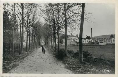 """/ CPSM FRANCE 71 """"Chauffailles, av du château"""""""
