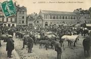 """14 Calvado CPA FRANCE 14 """"Lisieux, place de la République, marché aux chevaux"""""""
